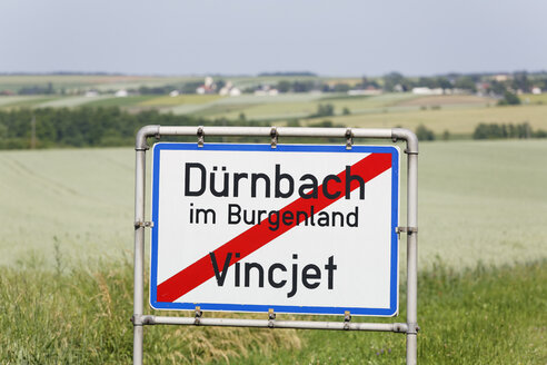 Austria, Burgenland, bilingual place name sign - SIEF006408