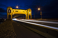 Canada, Vancouver, Burrard Bridge at night - NGF000153