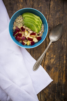 Superfood, avocado apple granola with organic hemp seeds - LVF002649