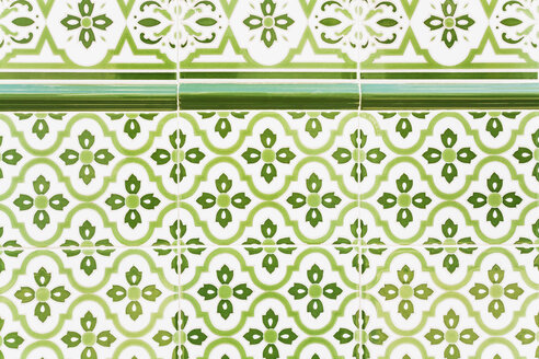Spain, Andalusia, Costa del Sol, wall tiles - GWF003824