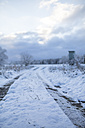 Germany, Brandenburg, Field landscape covered with first snow - ASCF000020