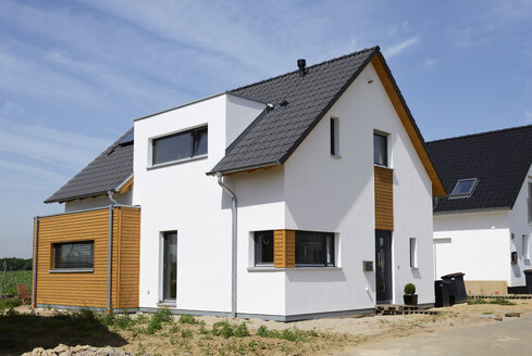 Germany, Grevenbroich, new built one-family house - GUFF000077