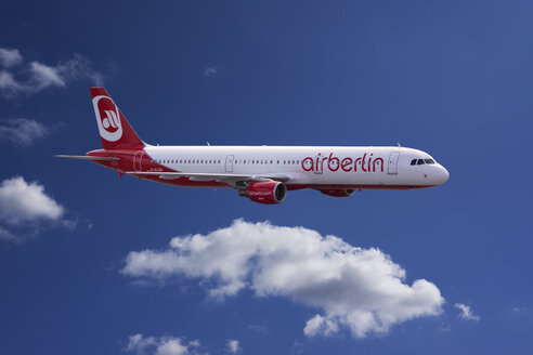 Germany, flying airbus A321-211 of Air Berlin - JWA000242
