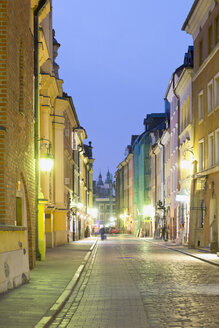 Poland, Ulica Piwna, street in the old town district of Warsaw - MSF004465