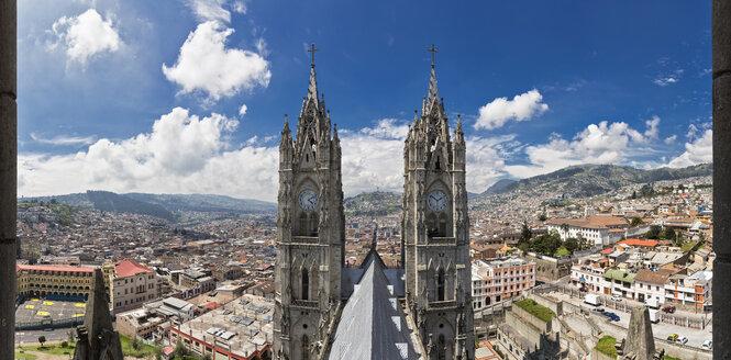 Ecuador, Quito, church steeples of the Basilica of the National Vow - FOF007626