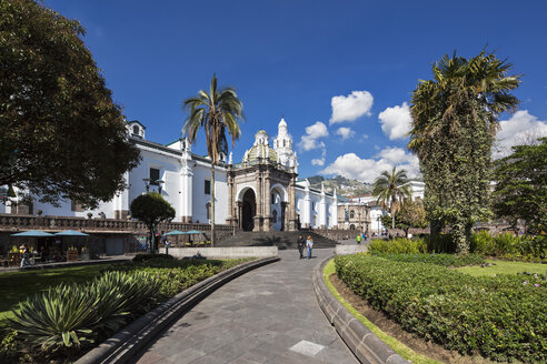 Ecuador, Quito, Independence Square and Metropolitan Cathedral - FOF007633