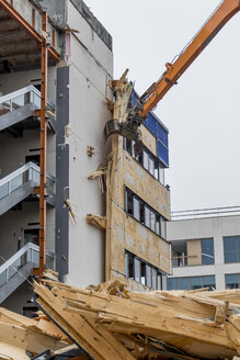 Austria, Linz, demolition of an office building - EJWF000665