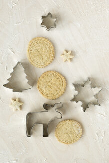 Christmas cookies and cookie cutters - MYF000937