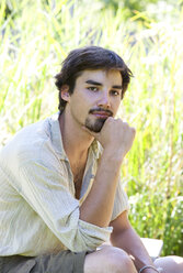 Portrait of pensive young man - WWF003840