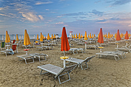 Italy, Lignano Sabbiadoro, sunrise on the beach - GF000562