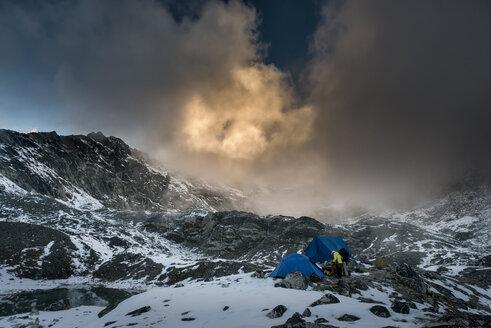 Nepal, Khumbu, Everest region, Pokalde base camp at sunset - ALRF000062