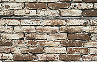 Old brick wall and beam - DEGF000210