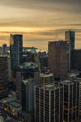 Canada, Vancouver, Cityscape from Harbour Centre in the evening - NGF000230
