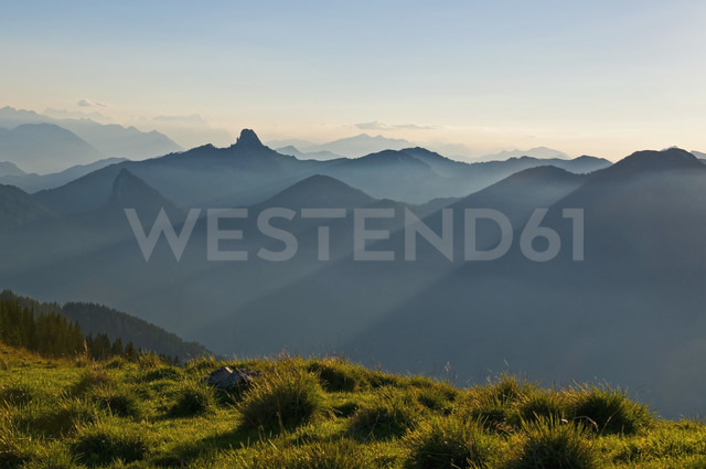 Germany, Upper Bavaria, Tegernsee, View from Wallberg to Bavarian Alps in the evening - UMF000742