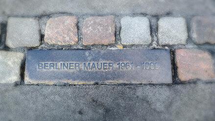Germany, Berlin, Berlin Wall memorial stone - CMF000225