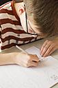 Boy drawing - LVF002893