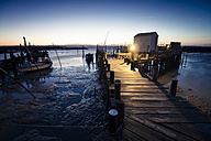 Portugal, Algarve, Carrasqueira, wooden boardwalk, blue hour - STCF000081