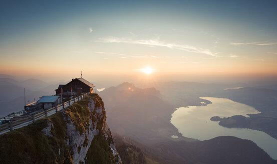 Austria, Salzkammergut, Schafberg, Mountain hut Himmelspforte at sunset - STCF000091