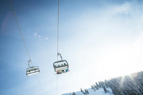 Austria, Salzburg State, Region Hochkoenig in winter, Ski Amade, ski lift - DISF001415