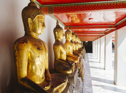 Thailand, Bangkok, Buddha statues at Grand Palace - STD000147