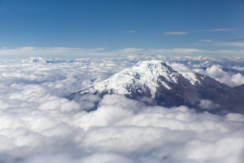 Ecuador, Andes, peak of the volcano Cayambe - FOF007740