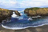 USA, California, Mendocino Headlands State Park, Mendocino, Pacific Coast, View to rock arch - FOF007793