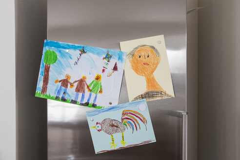 Child's drawings fixed at fridge - JTLF000082