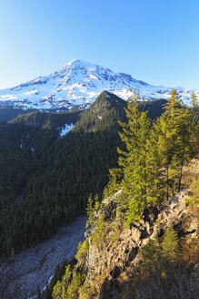 USA, Washington, Mount Rainier - FOF007821