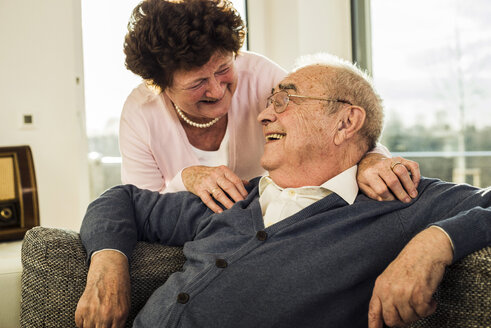 Happy senior couple at home - UUF003615