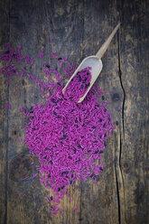 Pink organic basmati rice and small shovel - LVF003075
