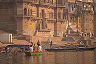 India, Uttar Pradesh, Varanasi, Ghats, boats and Ganges river - PC000099