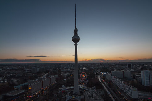 Germany, Berlin, view over the city at sunset - ASCF000063