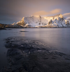 Norway, Lofoten, view to Sakrisoy at sunrise - MKFF000189
