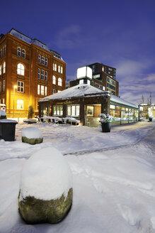 Germany, Hamburg, restaurant Marsbar in winter - STE000131