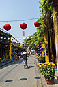 Vietnam, Hoi An, pedestrian area decorated with paper lanterns - MAD000137