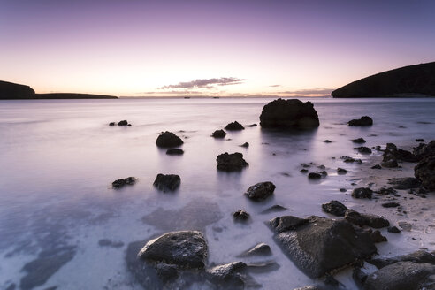 Mexico, Baja California Sur, La Paz, Playa Balandra at twilight - FPF000046