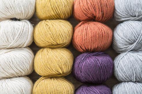 Balls of wool - ASCF000081