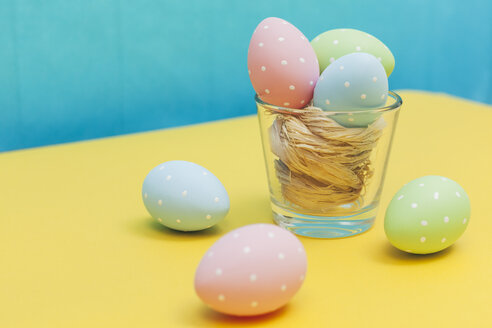 Coloured Easter eggs with polka dots - BZF000119