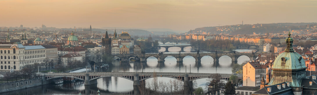 Czech Republic, Prague, cityscape with Charles Bridge at dawn - HAMF000034
