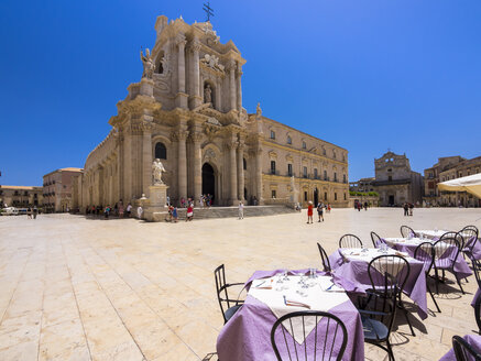 Italy, Sicily, Syracuse, Cathedral of Siracuse - AMF003944