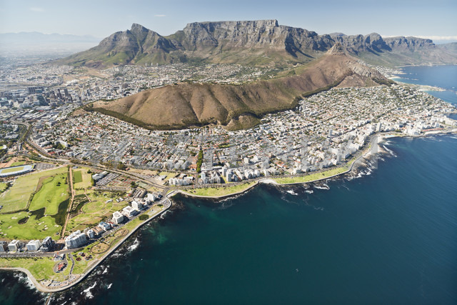 South Africa, aerial view of Cape Town - CLPF000076 - Claudia Paulussen/Westend61