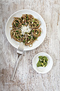 Whole-grain spelt spaghetti with ramson pesto - EVGF001651