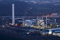 Germany, Ruhr area, Hagen, combined heat and power station at dusk - WIF001713