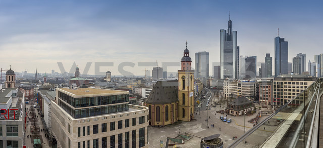 Germany, Hesse, Frankfurt, Downtown view with Hauptwache and financial district - NK000238 - Stefan Kunert/Westend61