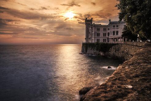 Italy, Trieste, Miramare Castle - DAWF000360