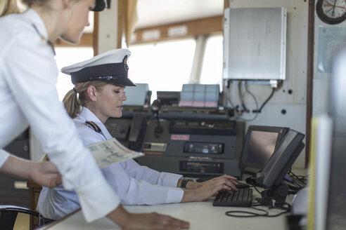 Two female deck officers on bridge - ZEF005487