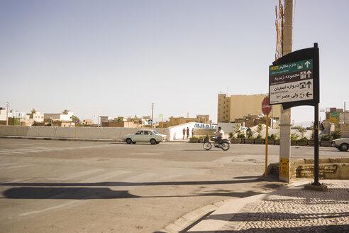 Iran, Shiraz, view at a street - FLF000960