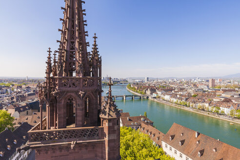 Switzerland, Basel, city view, Rhine and the steeple of the Minster - WDF003089