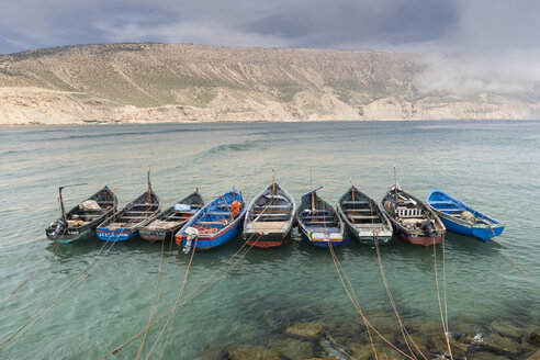 Morocco, Imsouane, nine fishing boats moored side by side - HSKF000024