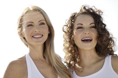 Two happy female friends - GDF000719
